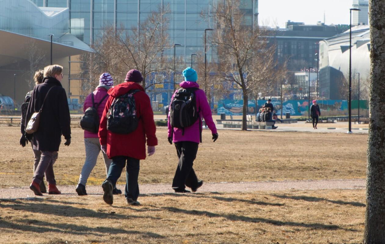 Kävely ryhmässä